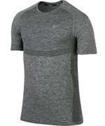 koszulka do biegania męska NIKE DRI-FIT KNIT SHORT SLEEVE / 717758-010
